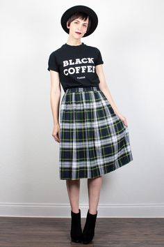 Vintage 90s Skirt Midi Skirt Navy Blue Green Plaid Skirt Soft Grunge Skirt 1990s Skirt Pleated Skirt Hipster Punk Kilt L XL Extra Large XXL by ShopTwitchVintage #vintage #etsy #90s #1990s #grunge #plaid #midi #skirt