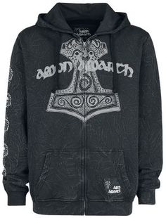 """Amon Amarth hooded jacket from the EMP Signature Collection: - Front and back print - Print on right sleeve - Divided kangaroo pocket - Closure: zip charm in shape of Thor's hammer - Crinkle wash - Ribbed knit cuffs - """"Amon Amarth"""" lettering embroidered on the front - Patch on the kangaroo pocket Did you long await the latest highlight from the band Amon Amarth? Celebrate the Swedish death metal group's greatness with this black hoodie. The front displays the band'..."""