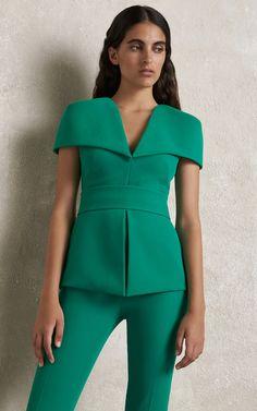 Get inspired and discover Safiyaa trunkshow! Shop the latest Safiyaa collection at Moda Operandi. Suit Fashion, Look Fashion, Fashion Details, Daily Fashion, Fashion Dresses, Fashion Design, Classy Outfits, Casual Outfits, Safiyaa