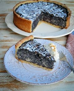 Granny& juicy poppy seed cake with shortcrust pastry-Omas saftiger Mohnkuchen mit Mürbeteig Delicious juicy poppy seed cake with almonds - Pastry Recipes, Cupcake Recipes, Baking Recipes, Dessert Recipes, Dessert Blog, Dessert Bread, Cakes Originales, Short Pastry, Best Pancake Recipe