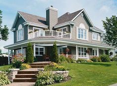 Photo - http://www.architecturaldesigns.com/farmhouse-plan-21123dr.asp