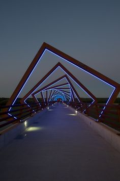 RDG - High Trestle Bridge .. simple use of skewed shapes and light to clever effect