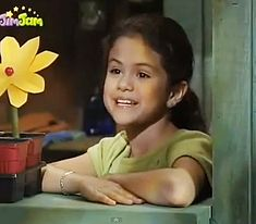 selena gomez barney and friends photos  | Selena Gomez as Gianna on Barney and Friends, 2002 - Snakkle