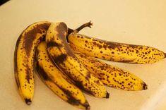 Muita gente não sabe disto, mas comer bananas maduras tem um efeito no nosso corpo que nunca sequer imaginaste! Mas o altamente.org está aqui para te informar disso, e acredita que depois de saberes, vais mudar completamente a forma como comes as bananas.