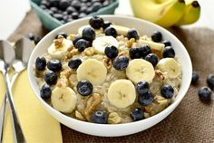 Blueberry Banana Nut Oatmeal   iowagirleats.com