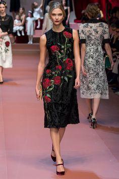Dolce & Gabbana Ready to Wear FW 2015 MFW (15)