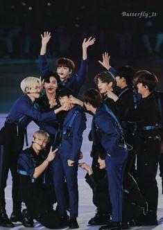 Thing 1, Fandom, Photo Grouping, Ulzzang Boy, Boys Who, Korean Boy Bands, Idol, Butterfly, Produce 101