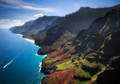 Na Pali Coast, Kauai, Hawaiian Islands  The 20 Most Shockingly Beautiful Places in America You'd Be Crazy to Ignore