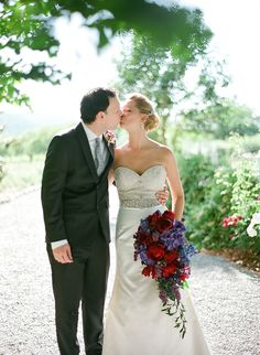 Bride and Groom Kissing in Vineyard From Bret Cole Photography | photography by http://bretcole.com