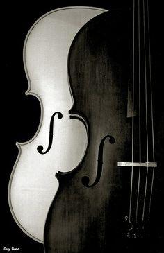 ♫♪ Music ♪♫ Black & white photo