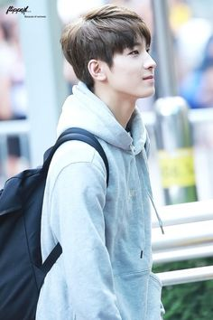 Jeon Wonwoo is soft, he is one of the prettiest things that ever happens to me.