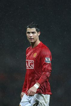 Cristiano Ronaldo of Manchester United looks on as the rain pours during the Barclays Premier League match between Manchester United and Derby County at Old Trafford on December 2007 in. Get premium, high resolution news photos at Getty Images Manchester United Ronaldo, Cristiano Ronaldo Manchester, Cristiano Ronaldo Portugal, Cristiano Ronaldo Juventus, Manchester United Players, Cristiano Ronaldo Cr7, Cristino Ronaldo, Ronaldo Football, Cr7 Wallpapers