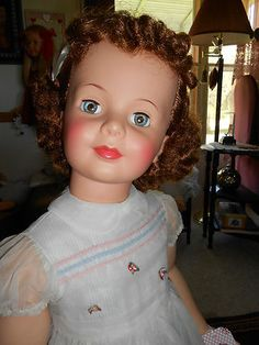 VERY PRETTY CURLY AUBURN PATTI PLAYPAL DOLL DISPLAYED ONLY.BY IDEAL 1959/62.