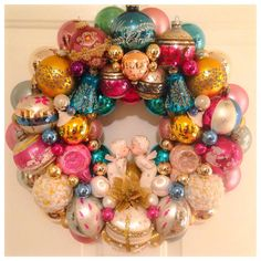Chic Vintage Ornament Wreath  17 Indents Shiny by SugarPlumWreaths