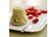 Recette de Sponge cake au thé vert, fruits rouges marinés