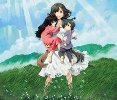 LES ENFANTS LOUPS AMI ET YUKI confirme le statut hors norme de l'œuvre de Mamoru Hosoda. Après la comédie fantastique scolaire (LA TRAVERSÉE DU TEMPS) et la «fin du monde» au détour d'un jeu pour téléphone portable (SUMMER WARS), le réalisateur aaccoucher d'un des plus beaux films sur la maternité et… la lycanthpopie : LES …