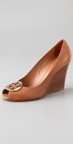 194562fb3ff9c2 Tory Burch. Love this. They also have ot in black and they go with · On  ShoesWedge ...