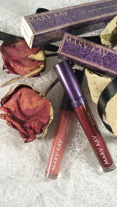 """Mary Kay """"Fairytales & Fantasy""""  Glossy Lipstain Mulberry Forest und Enchanted Mauve"""