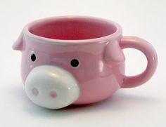 Piggy Mug - You can never have too many pig mugs. Cute Coffee Mugs, Cute Mugs, Funny Mugs, Coffee Cup, This Little Piggy, Little Pigs, Pig Kitchen, Tout Rose, Piggly Wiggly