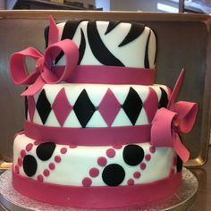 Sweet 16 cake perfect balance of fun and color plus not overcrowded!