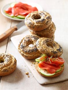 All-star, easy-to-follow Paleo Bagels recipe made with only 8 ingredients. Gluten-free, dairy-free, no yeast, no rising time for healthy, low-carb, grain-free bagels. via @elanaspantry