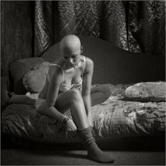 #baldgirl #shavedhead #headshave #headshavegirl #hotgirl