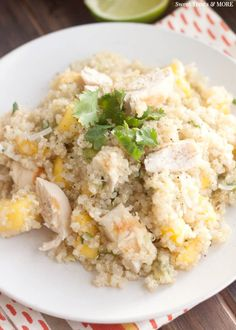 Mango Chicken Quinoa Salad with Honey Lime Dressing || Sweet Treats and More. The perfect, healthy and tropical summer salad! #healthy #salad #quinoa