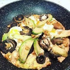 La dieta ALEA -:  CENA  Frittata de champiñones, aguacate y nueces