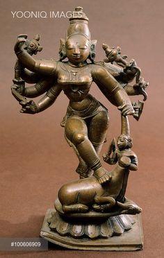 Durga, bronze statue from Southern India, Indian Civilisation, century. Indian Gods, Indian Art, Bronze Sculpture, Sculpture Art, Hindu Statues, Durga Images, Jewellery Sketches, Durga Goddess, Hindu Art