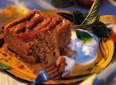 Apple Upside Down Cake - Yum!