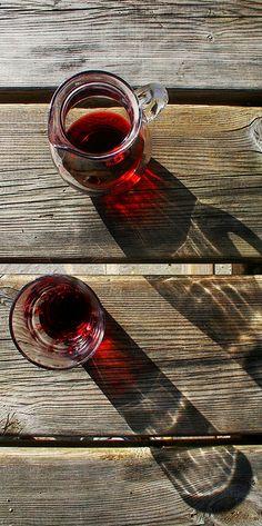 il vino fa buon sangue/wine made good blood -italian proverb;)