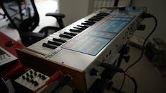 MATRIXSYNTH: MOOG SOURCE w/ RARE MIDI AND 256 PATCH MEMORY EXPA...