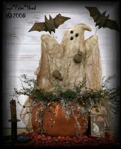 Primitive Halloween Pumpkin with Ghost, Bats and Spiders e-Pattern