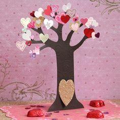 Cute Valentine's Day craft for kids: Fairy Valentine Tree Valentine Tree, Disney Valentines, Valentine Day Love, Valentines For Kids, Valentine Day Crafts, Holiday Crafts, Holiday Fun, Valentine Pics, Disney Diy