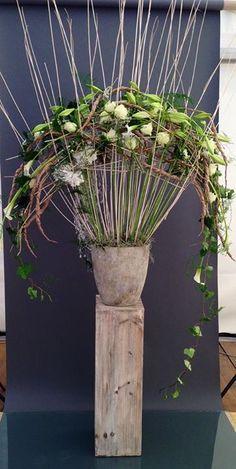 Jan Aartsen of Gregor Lersch workshop? Ikebana, Art Floral, Flower Show, Flower Art, Gregor Lersch, Flower Structure, Flora Design, Design Design, Corporate Flowers