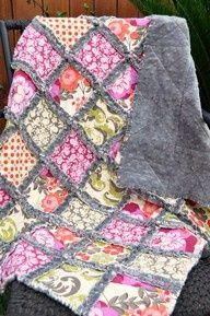 Rag Minky quilt with cotton fabric, gorgeous and I would imagine awesomely soft.  I want to make this!