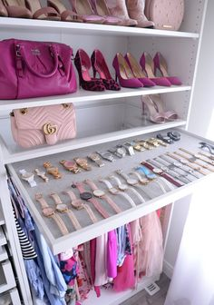 Helpful Closet Organization Tips Featuring The IKEA Pax Wardrobe – pants hangers closet Walk In Closet Design, Bedroom Closet Design, Master Bedroom Closet, Closet Designs, Rich Girl Bedroom, Bedroom Small, Bedroom Modern, Closet Hacks, Ikea Closet