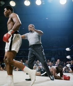 Another great shot from Ali vs. Liston (2)
