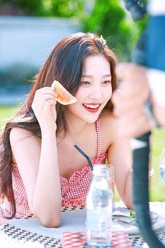 Red Velvet's Joy for cosmetics brand Espoir - Hochzeitskleid Seulgi, Kpop Girl Groups, Kpop Girls, Beste Reisezeit Thailand, Park Joy, Red Velet, Red Velvet Photoshoot, Joy Rv, Mode Kpop