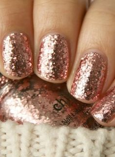 Everyone will envy this glittery mani.