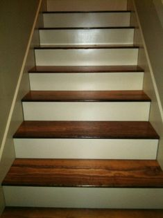 Newly Domestic Blog: Staircase Re-do: From Carpet to Hardwoods
