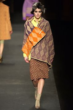 Dries Van Noten Fall 2003 Ready-to-Wear Collection Slideshow on Style.com