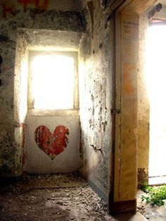 umla:  aunatural:  ondabed:  italian convent photo by osgemeos®