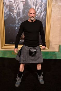Graham McTavish wears the kilt well Scotland Kilt, Graham Mctavish, Looks Style, My Style, Scottish Man, Men In Kilts, Bald Men, Outlander Tv, Komplette Outfits