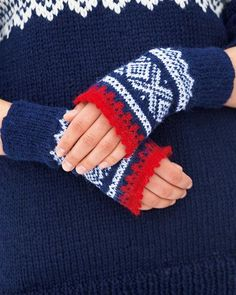 Marius pulsvanter pattern by Sandnes Design Crochet Hand Warmers, Crochet Mittens, Knitted Gloves, Fingerless Gloves, Knit Crochet, Hand Knitting, Knitting Patterns, Norwegian Style, Nordic Style