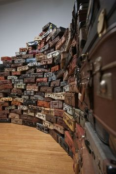 Chiharu Shiota  塩田千春 私たちの行方|企画展|MIMOCA 丸亀市猪熊弦一郎現代美術館