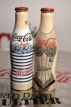 diet coke gets a corset + stripes lift! jean paul gaultier x coca cola light. Packaging Box, Brand Packaging, Packaging Design, Jean Paul Gaultier, Design Blog, Web Design, Home Design, Garrafa Coca Cola, Basement Bars