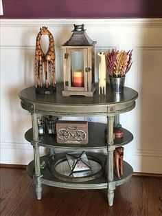 I picked up this cute table at the Raleigh flea market and refinished it using Anne Sloan Chateau Grey chalk paint with clear and black wax. I love the result!
