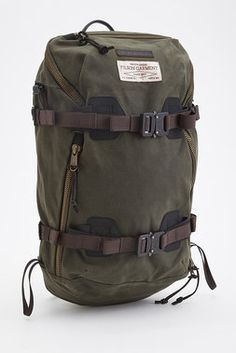Filson® x Burton Backpack Burton Backpack, Men's Backpack, Outdoor Backpacks, Burton Snowboards, Designer Backpacks, Luggage Bags, Travel Bags, Outdoor Gear, Leather Bag