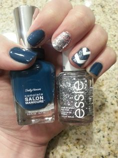 Love me some navy nails! :)